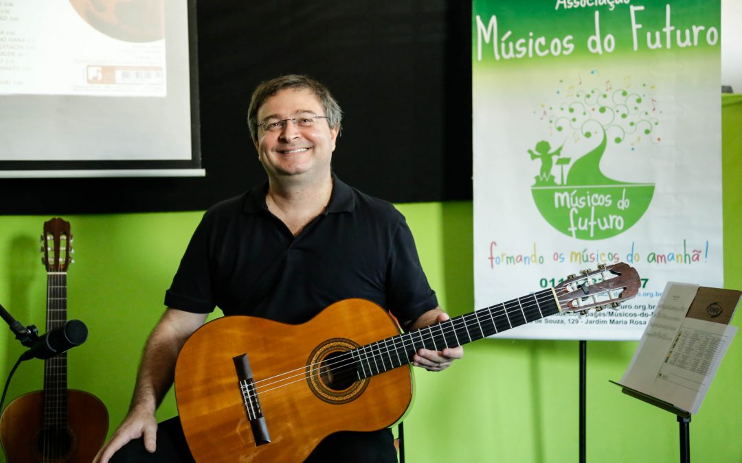 Workshop com o violonista Camilo Carrara